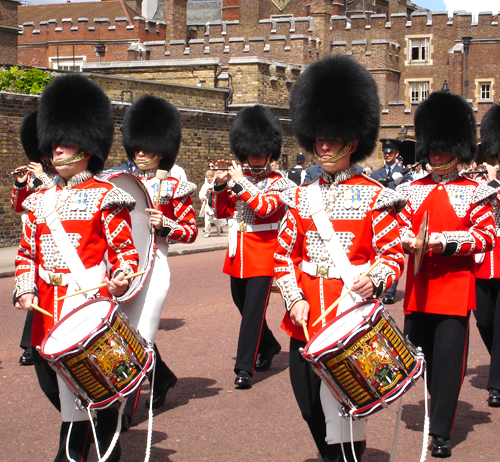 Guards, St James's Palace